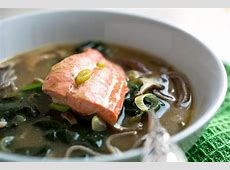 cilantro salmon with spinach and mushrooms_image