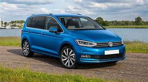 Volkswagen Touran Review  Carwow