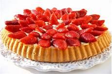 crostata di fragole e crema chantilly la via delle spezie torta con crema chantilly e fragole