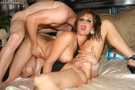 Big Tits Threesome