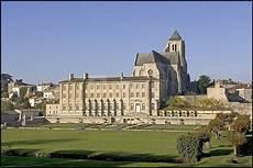 Abbaye Royale De Celles Sur Abc Salles