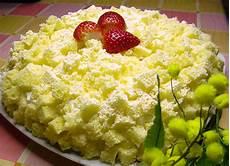 torta mimosa knam torta mimosa con fragole e crema chantilly kikakitchen