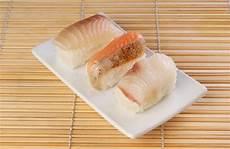 stuoia sushi sushi immagine stock immagine di riso alimento stuoia