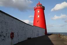 poolbeg lighthouse great south wall dublin bay