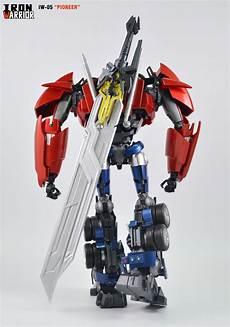iron warrior iw 05 pioneer transformers prime optimus