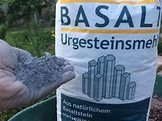 basalte paramagn 233 tique poudre de roche volcanique