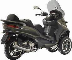 scooter 3 roues permis piaggio mp3 2017 le 3 roues passe 224 l 4 maxi scooter scooter 3 roues