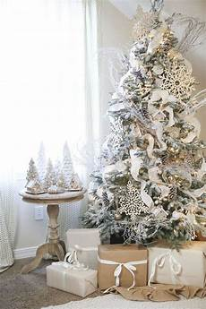 30 creative white tree decorating ideas