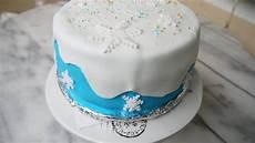 einfache torten für anfänger diy torte dekorieren mit fondant selber machen frozen