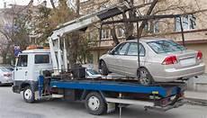 auto in gemieteter garage auto in panne attenzione alla truffa carro attrezzi