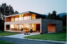 billige häuser bauen energiesparh 228 user holzhaus mit gro 223 en fensterfronten
