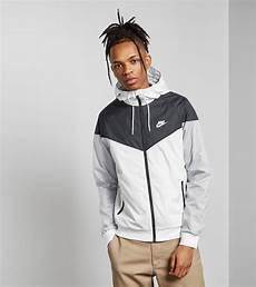 nike windrunner jacket size