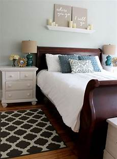 Bedroom Color Ideas For Wood Furniture by 25 Wood Bedroom Furniture Decorating Ideas Home