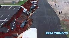 600ft sinkhole that opened up in ihop parking lot