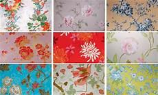 papier peint fleuri anglais