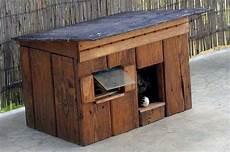niche exterieure pour chat diy cr 233 er une cabane pour chat en bois en 7 233 projets 224 essayer cabane chat abri