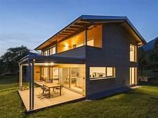 moderne einfamilienhäuser satteldach einfamilienhaus r 246 ns modern holzbau moderne architektur