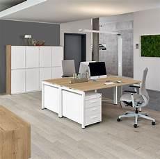 Schreibtisch Trento Mit Schwebender Tischplatte Von