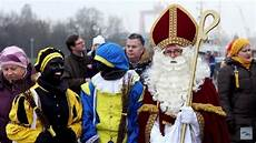 un following tradition to un united nations holland dutch christmas racism