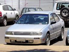 1995 nissan altima gxe sedan 2 4l manual