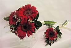 gerbera bridal bouquet pizazz florals blog