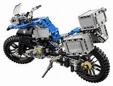 nouveau lego technic 42063 bmw r 1200 gs adventure