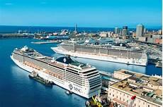 web porto di genova genova traghetti e crociere weekend da 61mila passeggeri