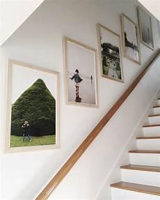 treppenhaus bilder aufhängen our favorite ways to incorporate family photos studio