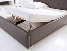 Doppelbett Mit Lattenrost - polsterbett luanos 180x200cm wei 223 lattenrost klappbar