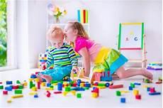 So Lernen Kinder Ordnung Zu Halten Und Aufzur 228 Umen