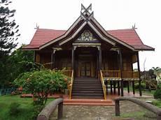 Foto Rumah Adat Jambi Roni Zone