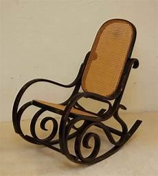 7 conseils pour choisir fauteuil 224 bascule fauteuil relax