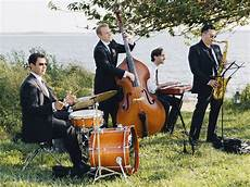 Wedding Performers questions to ask wedding ceremony musicians