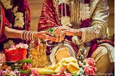 Indian Wedding Customs Gifts