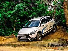 Hyundai I20 Active Front Corner  Gaadiwaadicom Latest
