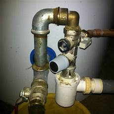 chauffe eau qui coule groupe de s 233 curit 233 chauffe eau qui fuit probl 232 me d 233 montage
