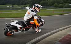 ktm motorrad drei r 228 der motorrad bild ktm 690 smc r die supermoto keule seite 8 motorrad