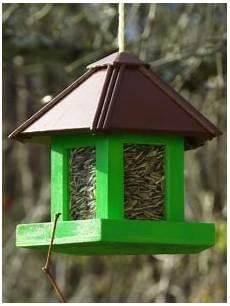 vogelhaus selber bauen mit kindern vogelfutterhaus