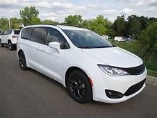 2019 Chrysler Pacifica Touring L Plus Review