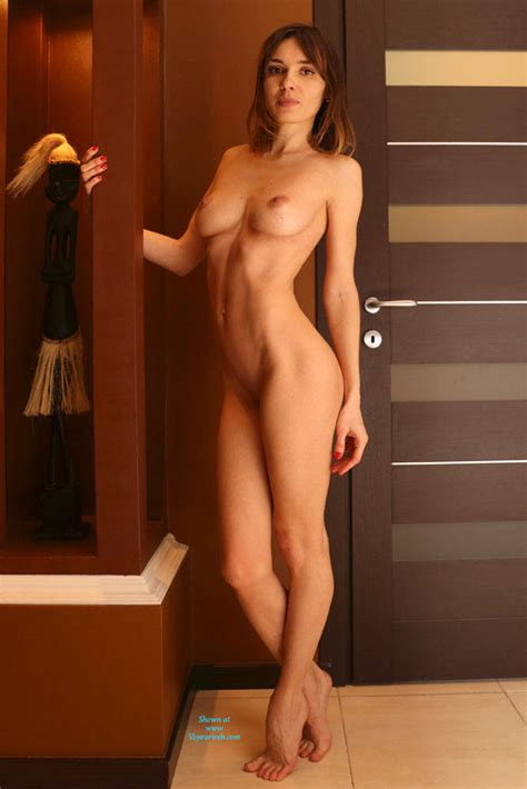 Amateur Small Nude