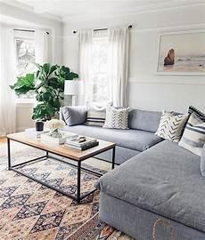 Living Room Minimalist Home Decor Ideas by Living Room Cozy Patterned Carpet Minimalist