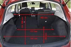 Nissan Qashqai Kofferraumvolumen - allrad magazin fahrberichte nissan qashqai 2 0 4wd seite 4
