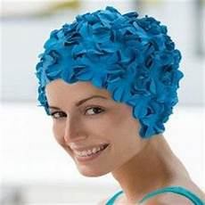 les bonnets de bain on swim caps swimming and