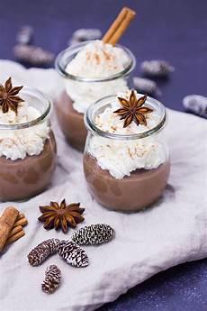 schokoladenpudding mit zimtsahne rezept verzuckert de