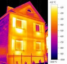 energetische sanierung schwachstellen mit der waermebildkamera kontrolle w 228 rmstens empfohlen w 228 rmebilkameras k 246 nnen zur