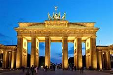 Brandenburger Tor - file brandenburger tor abends jpg wikimedia commons