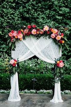 pin by wedding chicks on everything wedding wedding wedding decorations outdoor wedding