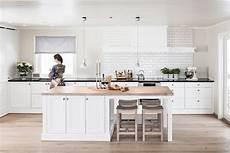 cuisine bois blanc int 233 rieur blanc et bois 40 id 233 es inspirantes 224 emprunter