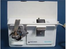 Black and Decker EC 60G White Under Counter Spacemaker Can