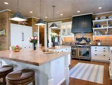 An Quot L Quot Shaped Kitchen Island Kitchen L Shaped Kitchen Island Country Kitchen Via Design